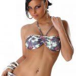 Comouflage-Flower Bikini bei www.schwimmbad.so
